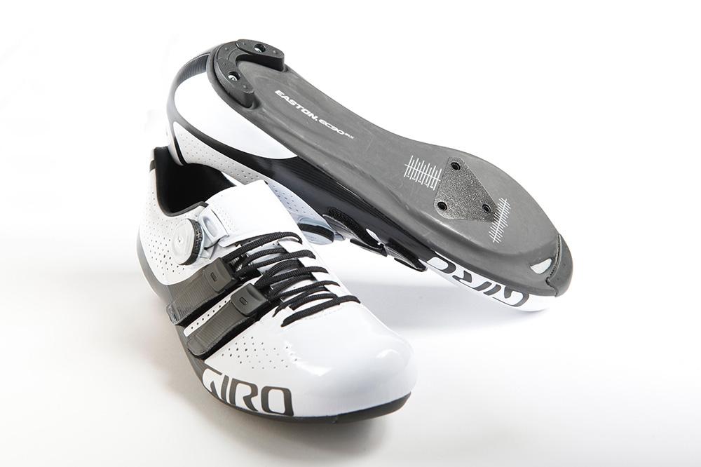 Za zadnje pare kolesarskih čevljev GIRO smo pripravili akcijske cene do -45%! Preverite ponudbo.