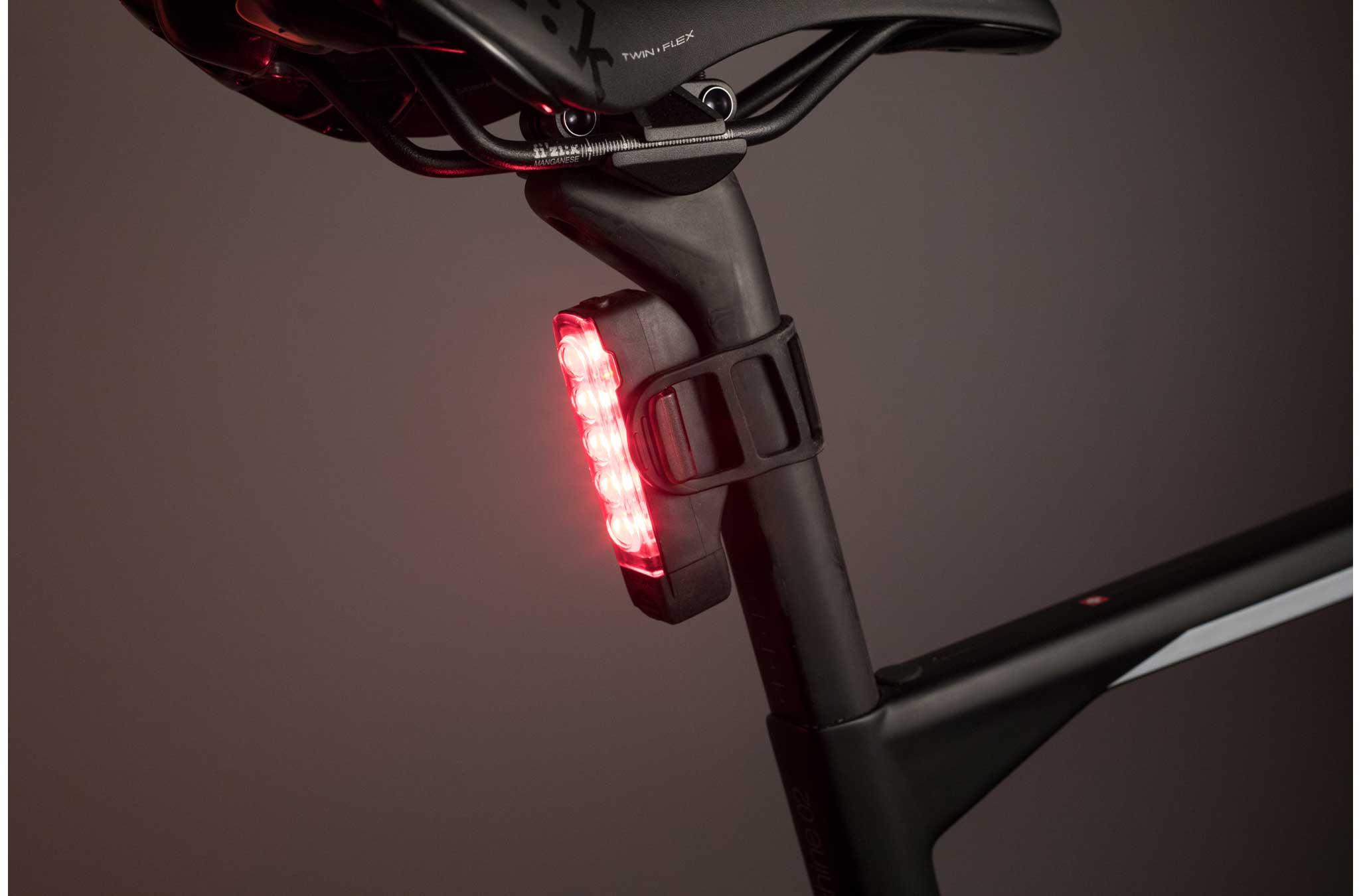 Luči LEZYNE, ki se odlikujejo s svetilnostjo ter veliko vzdržljivostjo in trpežnemu - aluminijastemu ohišju.