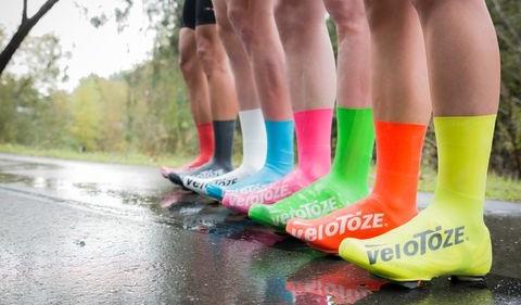 Za kolesarjenje v mokrih, deževnih pogojih, snegu in mrazu. Ne glede na pogoje, prevleke ohranjajo noge suhe in tople.
